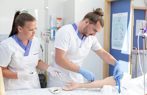 Studenter på sjuksköterskeprogrammet