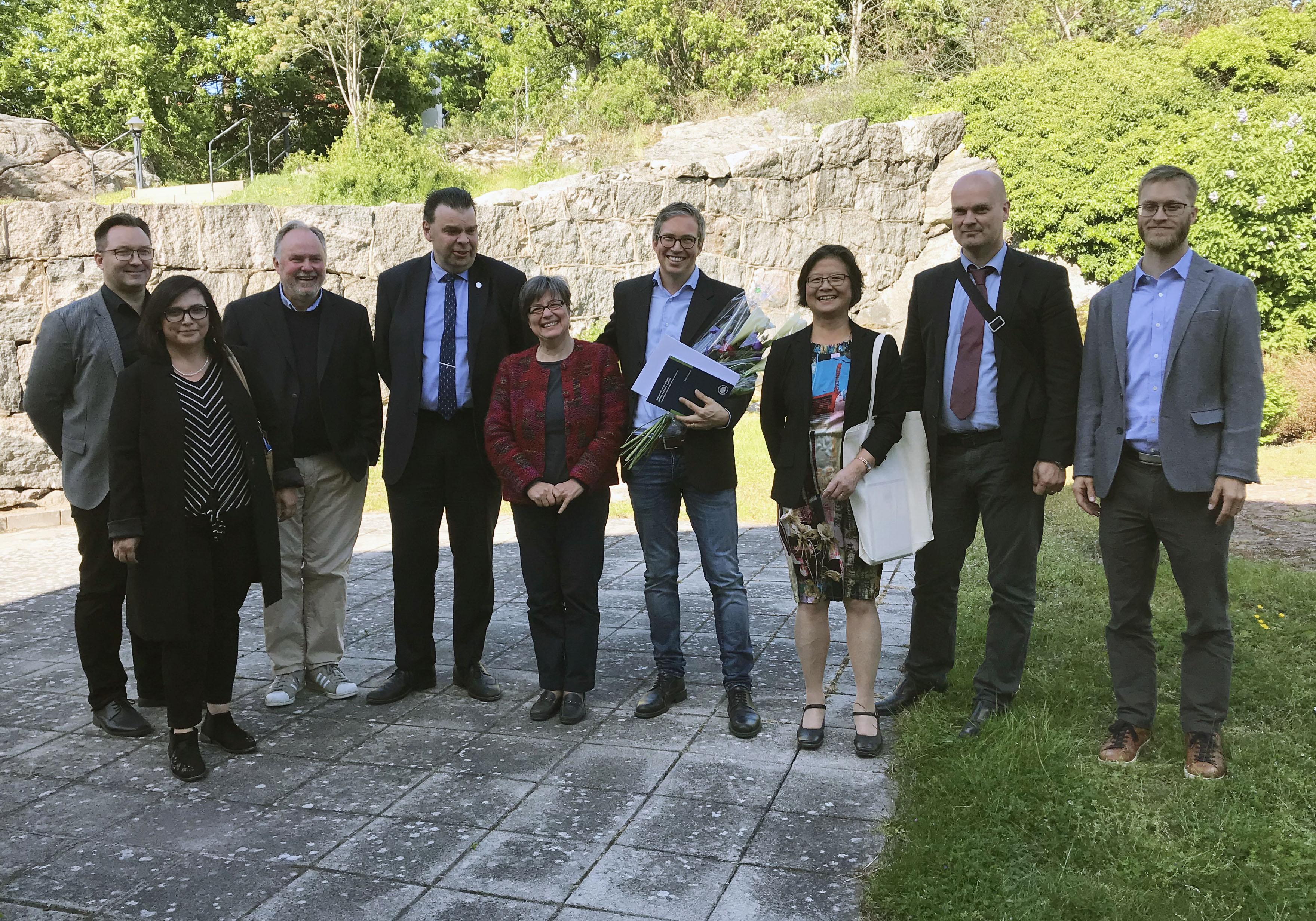 Foto på en grupp människor