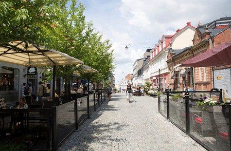 Foto på gågata i Karlskrona