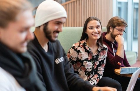 Foto på en grupp studenter